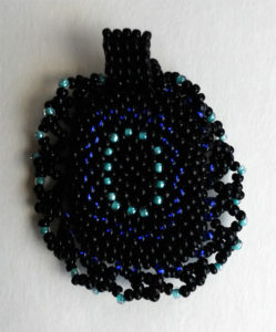 beaded-cobochon-back